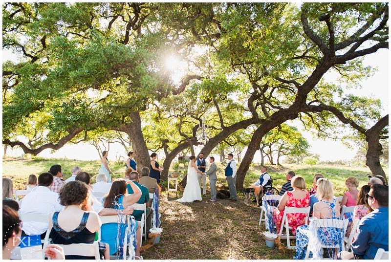 orange-blue-dogs-wedding-heart-of-texas-ranch_0036