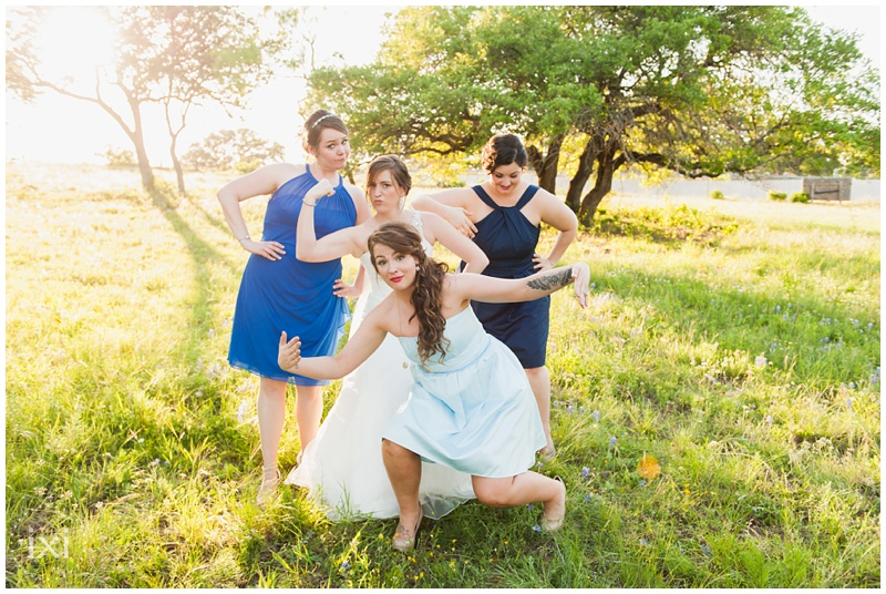 orange-blue-dogs-wedding-heart-of-texas-ranch_0058