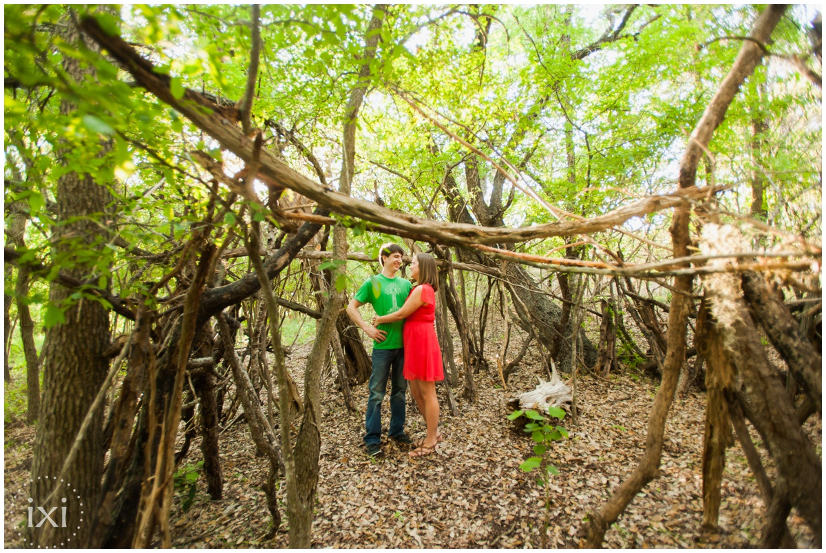 mary-moore-searight-park-austin-engagement-photos_0001