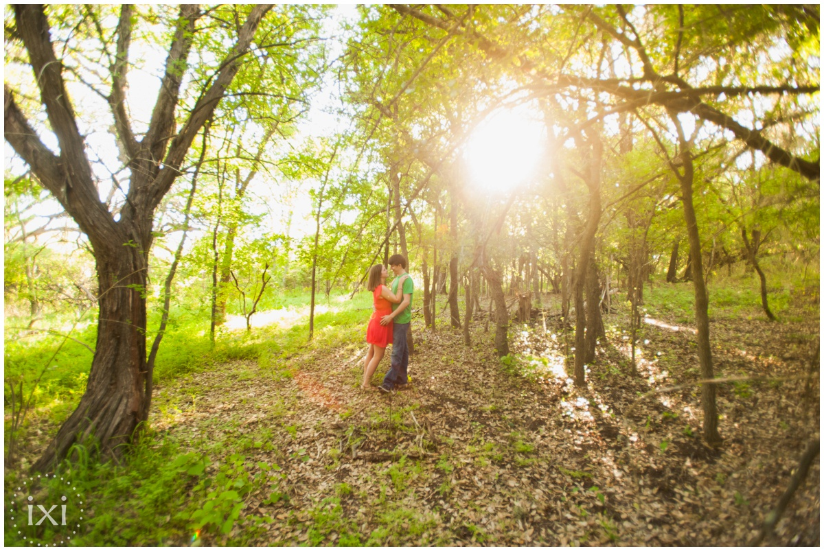 mary-moore-searight-park-austin-engagement-photos_0005