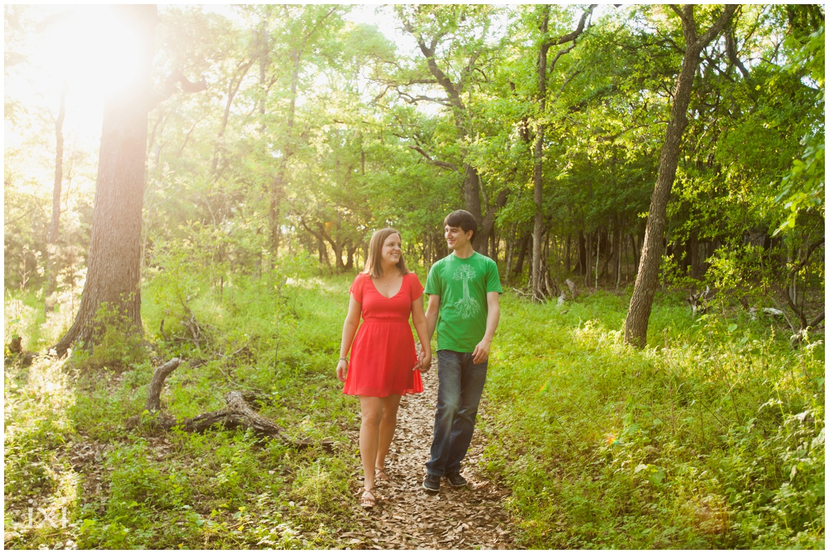 mary-moore-searight-park-austin-engagement-photos_0008